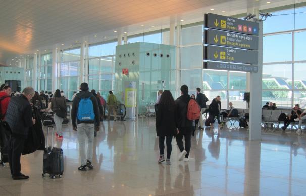 Trabajadores de PansFood hacen huelga en los establecimientos del Aeropuerto de Barcelona