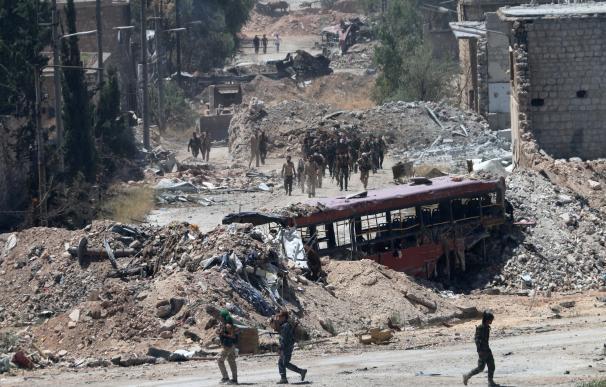 Rebeldes sirios impiden a los civiles salir de Alepo por miedo a perder la ciudad